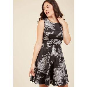 Modcloth Girl Meets Twirl Dress in Noir Black, 4X